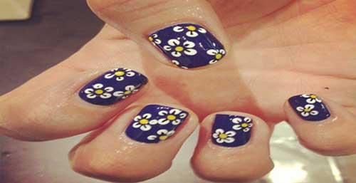 Decorando Uñas Con Flores Y Piedras Brillantes Variadas