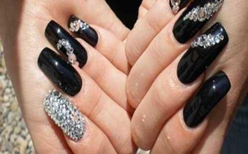 Nueva Colección De Uñas Negras Decoradas Para Este Año